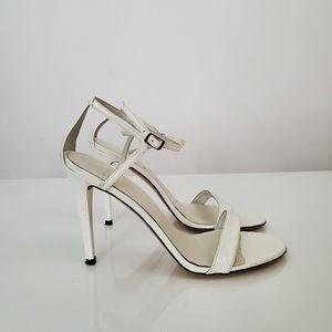 AUTH STUART WEITZMAN Nudistsong patent sandals